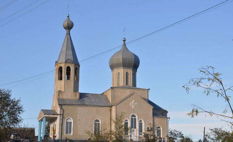 Арцизский район: церковь в Вознесенке Первой ремонтируют всем селом (ФОТО)