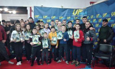 Арцизские бойцы пополнили копилку города на 14 медалей за результаты на всеукраинском турнире по ММА