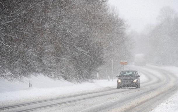 В Украине на дорогах ожидаются гололедица и налипание мокрого снега