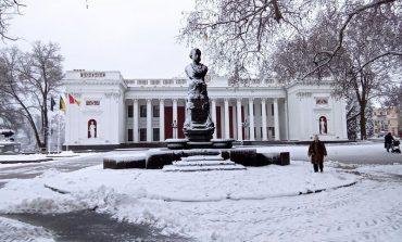 Одессу засыпает снегом (фоторепортаж)