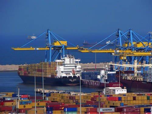 Экипаж одесситов отбил атаку пиратов в африканском порту