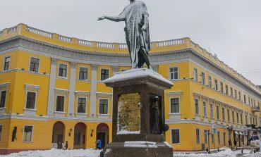 Одесские памятники в снегу (ФОТО)