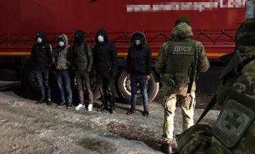 Сирийцы из полуприцепа: в Одесской области задержали нелегалов