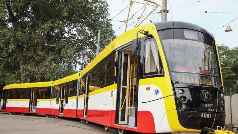 В Одессе планируют собирать по два трамвая в месяц и запустить электробус по Балковской