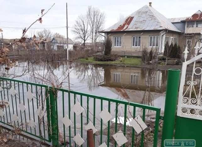 Таяние снега привело к критическому поднятию подпочвенных вод на юге Одесской области