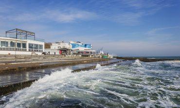 Утренний берег моря на одесском Ланжероне (ФОТО)