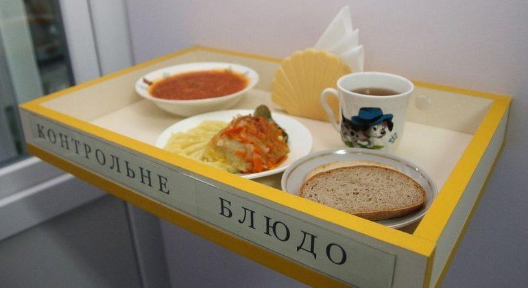 В одесских школах и детсадах подорожало питание