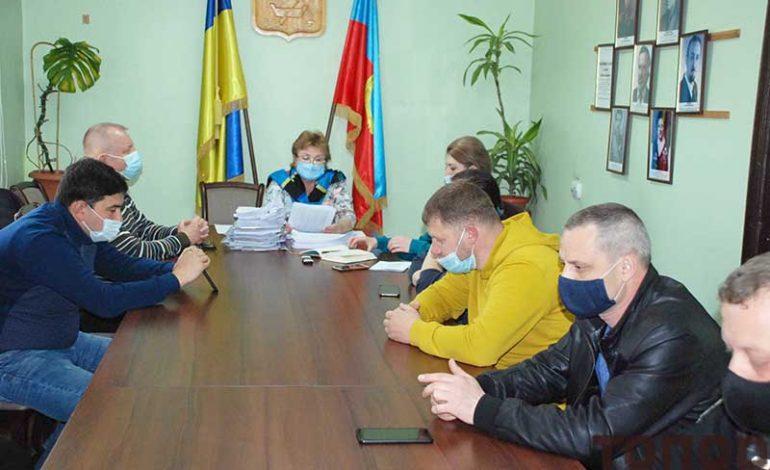 От руководства Болградской ОТГ потребовали выполнить решение суда, чтоб не платить зарплату двум главврачам