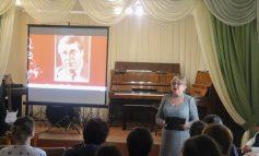 Музыканты Арциза творчески отметили 100-летие композитора Арно Бабабджаняна