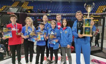 Арцизские бойцы привезли золото с Чемпионата Украины по ММА