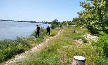 На Дунае ищут исчезнувшего под водой парня