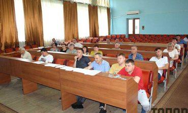 В Болграде прекращают платить зарплату двум руководителям ЦРБ