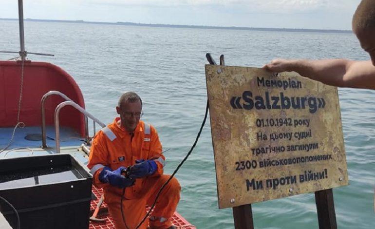 Память под водой: одесские дайверы установили мемориал в Черном море