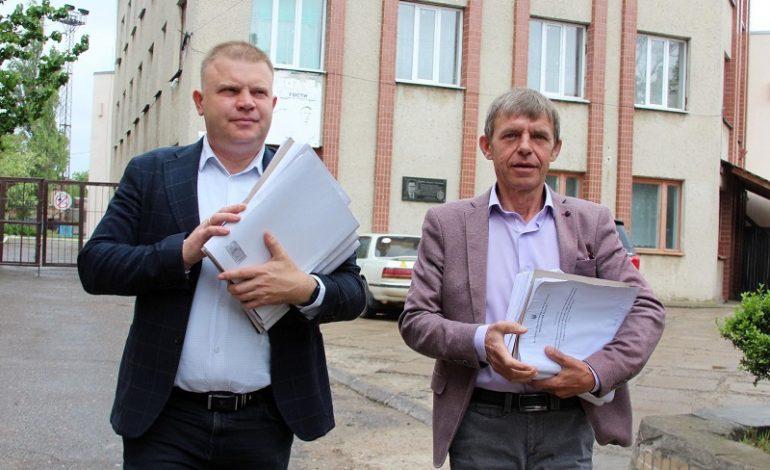10 томов с результатами ревизии Белгород-Днестровского Водоканала передали в прокуратуру