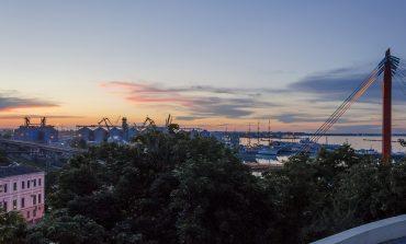 Красочный закат с одесской колоннады (ФОТО)