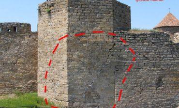 Башня Аккерманской крепости может рухнуть в любой момент (фото)