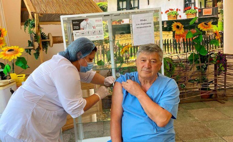 Первый центр массовой вакцинации открылся в Болградском районе