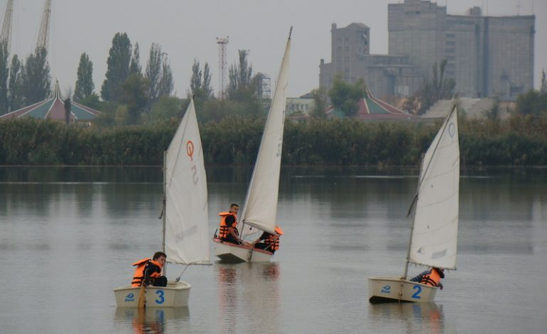 Ренийский яхт-клуб помогает развитию парусного спорта в Измаиле