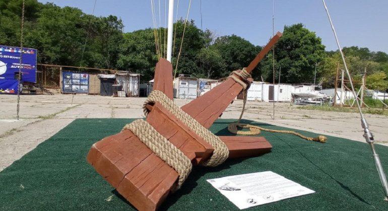 В одесской Отраде появился античный арт-объект