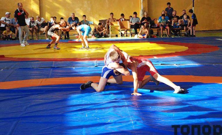 В Болграде прошел Всеукраинский борцовский турнир