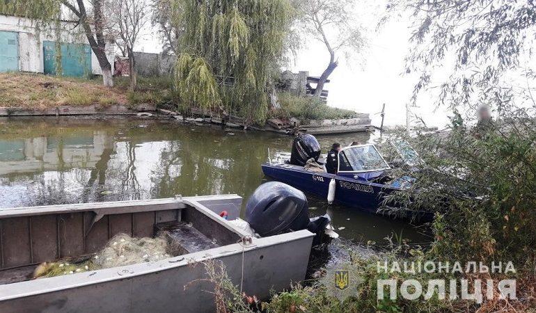 На Днестровском лимане работники рыбопромыслового предприятия занимались браконьерством (фото)