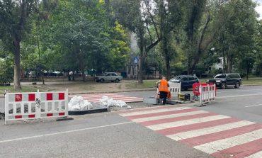 На одесских улицах строят островки безопасности и повышенные пешеходные переходы