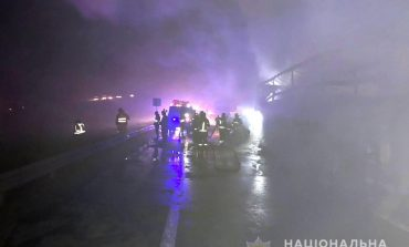 Из-за массовой аварии на трассе Киев – Одесса ограничено движение в направлении Одессы