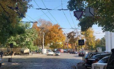 Одесса: у Соборной площади изменилась схема движения транспорта